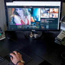 """""""Sex in the Online Porn Universe"""" (commentary on l'Hebdo)"""